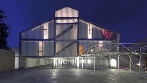 Casa della Luce: Arte, Technologia e Design by Catellani & Smith