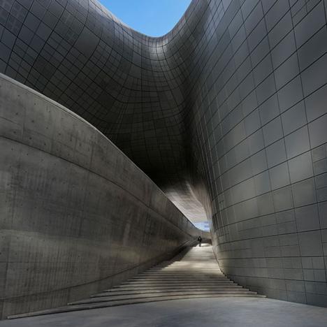 Zaha_Hadid_Dongdaemun_Design_Plaza_architecture_Dezeen1
