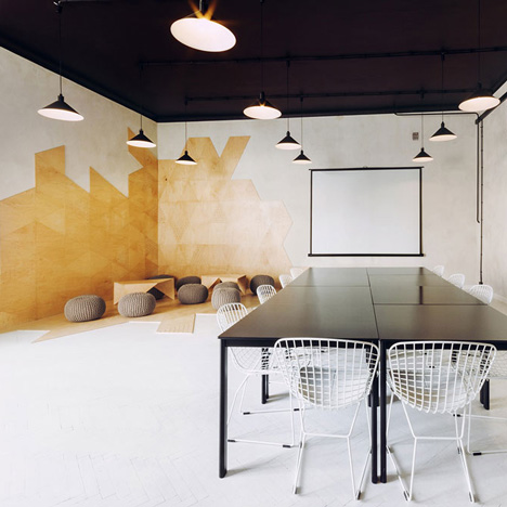Monochrome apartment by Maciej Kurkowski and Maciej Sutuła features conference spaces