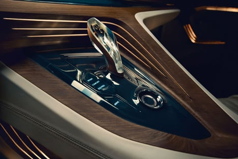 BMW_Vision_Future_Luxury_Dezeen_71