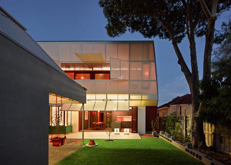 Casa 31 by Iredale Pedersen Hook and Caroline Di Costa