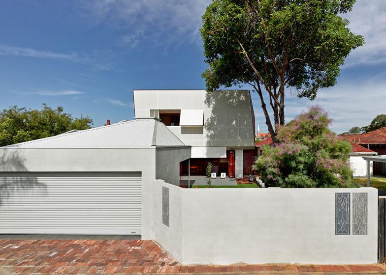 Casa 31 by Iredale Pedersen Hook and Caroline Di Costa
