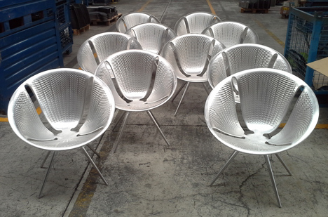 Diatom chair by Ross Lovegrove