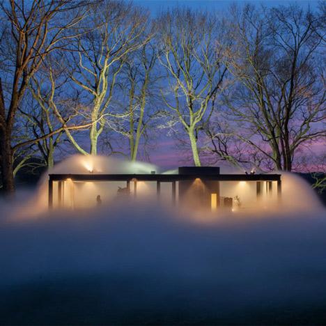Fujiko Nakaya hides Philip Johnson's Glass House in vaporous fog