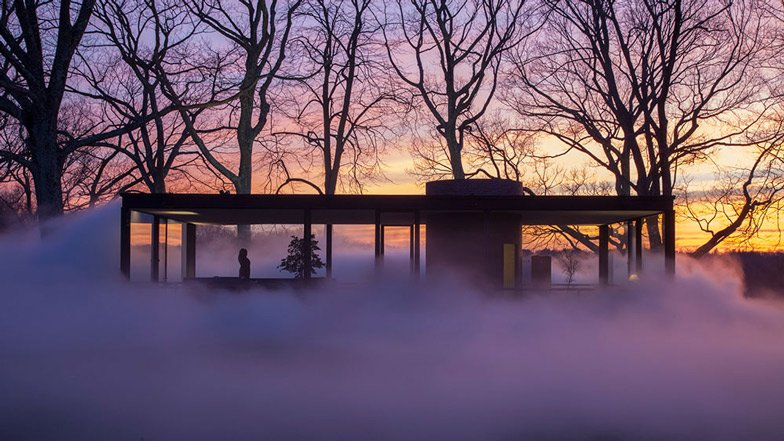 fujiko nakaya hides philip johnson 39 s glass house in vaporous fog. Black Bedroom Furniture Sets. Home Design Ideas