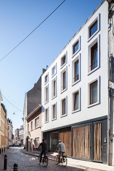 GEWAD apartments by Atelier Vens Vanbelle