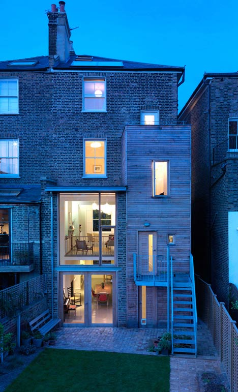 Kilburn Nightingale remodels Hackney townhouse and adds sweet-chestnut joinery