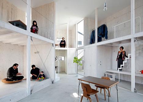 House in Kashiwa by Yamazaki Kentaro