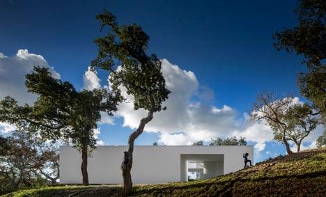 House in Quinta do Carvalheiro by GSMM