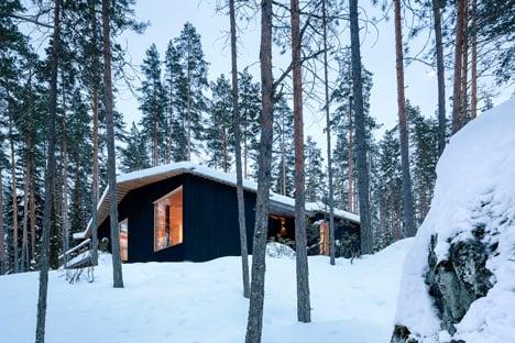 Villa Kettukallio by Playa Architects provides a woodland holiday home