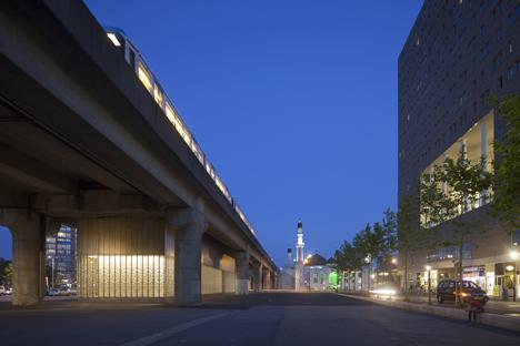 Maccreanor Lavington overhauls Amsterdam's Kraaiennest metro station