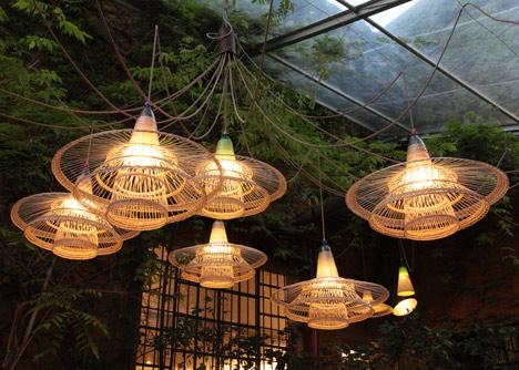 Woven plastic bottle Pet lamps by Alvaro Catalan de Ocon