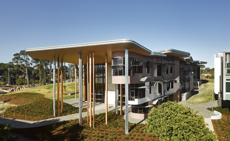 School of Architecture, Bond University by CRAB studio
