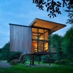 "Tom Kundig creates ""virtually indestructible"" steel cabin on stilts"