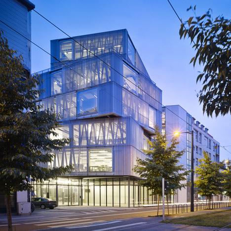 Strasbourg-School-of-Architecture_dezeen_5sq
