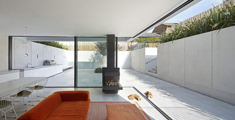 The Garden House by De Matos Ryan