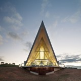 National Arboretum in Canberra boasts pointed pavilion and curvy visitor centre