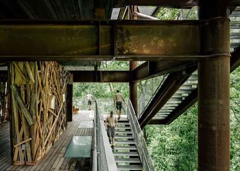 West Virginia treehouse by Mithun