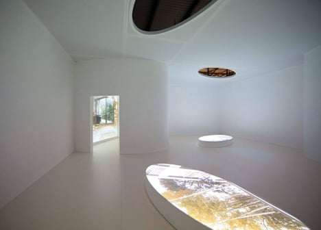 Shigeru Ban's installation in the Where Architects Live exhibition