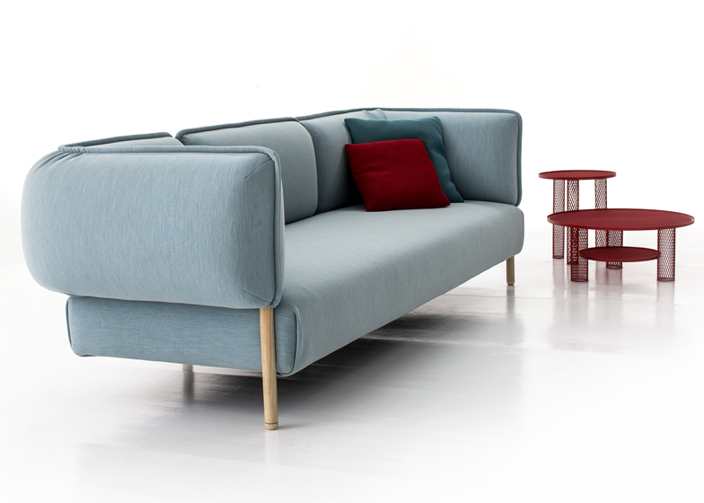 Patricia Urquiola upholsters modular sofa for Moroso in jersey fabric