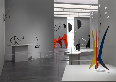 Alexander Calder exhibition at LACMA by Frank Gehry_dezeen_6