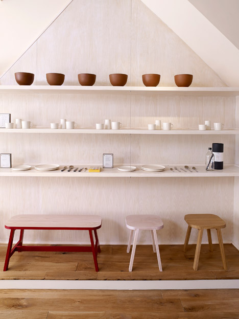Another-country-showroom_dezeen_468_1