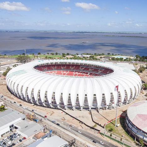 Beira-Rio-Stadium-by-Santini-and-Rocha-Arquitetos_dezeen_sq