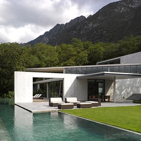 Casa-Monterrey-house-Tadao-Ando-Edmund-Sumner_dezeen_sqd