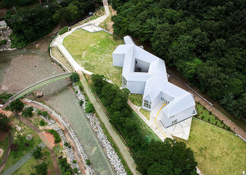 Knot-shaped museum by Chae Pereira Architects - harry - 哈梨见竹视雾所