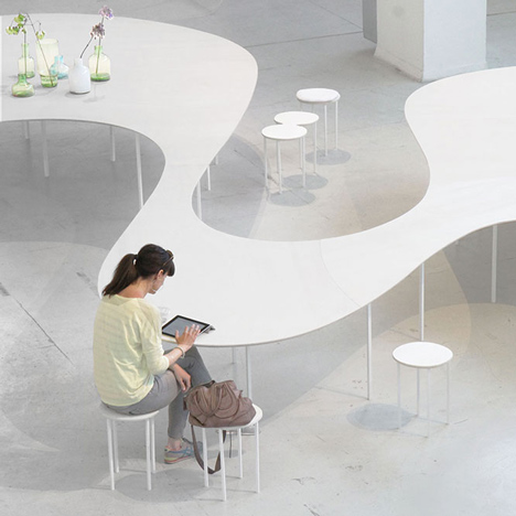 Cloud Table by Studio Maks