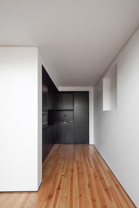 DM2 Housing in Porto by OODA