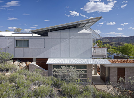 Desert House by Dunn + Hillam Architects