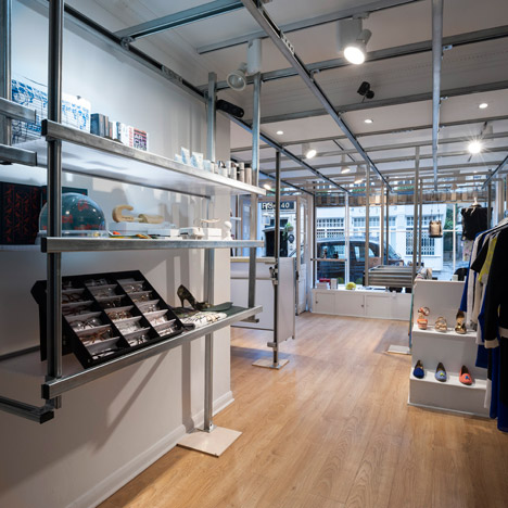 Frenchologie shop by Bat Studio