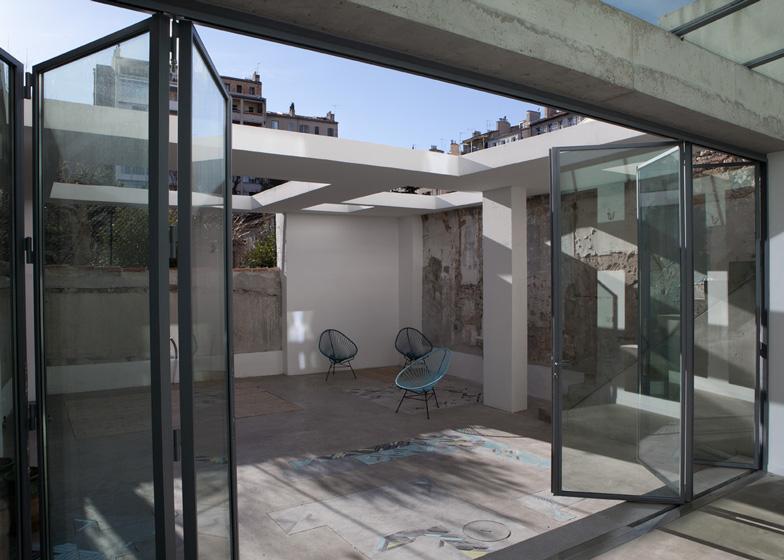 House-rehabilitation-in-Marseille-Marion-Bernard-Agency