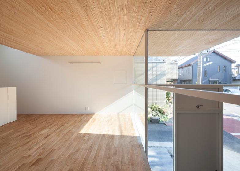 KKZ-House-by-International-Royal-Architecture