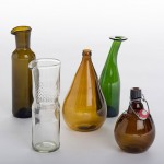 "Laura Jungmann and Cornelius Réer ""upcycle"" glassware into new objects"