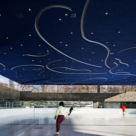 Tod Williams and Billie Tsien complete sheltered ice skating rink in Brooklyn
