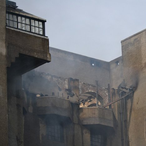 "Firefighters ""prevent destruction"" of Mackintosh's iconic Glasgow School of Art"