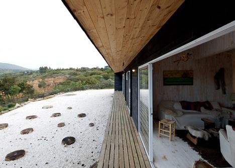 Maitencillo House by Mas Fernandez Arquitectos