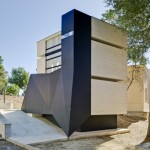Concrete and steel mausoleum for an engineer completed at Spanish cemetery
