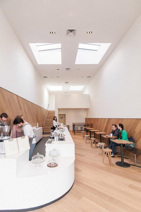 St-Franks-Coffee-by-OpenScope-Studio
