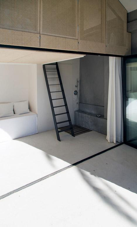 Summer-Pavillon-by-Noemie-Meney_dezeen_468_4