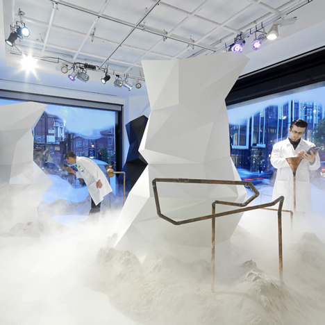 Selfridges' Fragrance Lab attempts to di