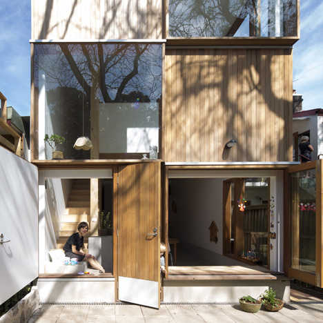 Three-by-Two-House-by-panovscott_dezeen_1sq