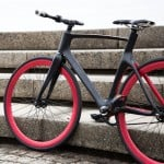 """Smart"" bicycle by Vanhawks gives directions with flashing lights and vibrating safety alerts"