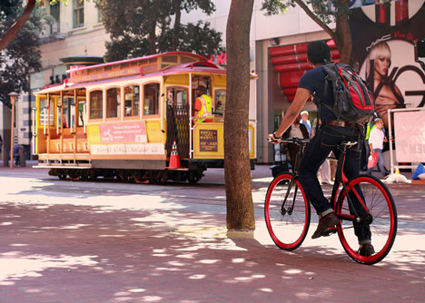 Valour carbon fibre bicycle by Vanhawks_dezeen_5
