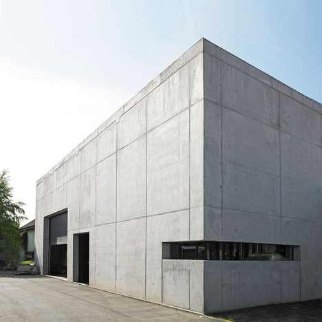 Burkhard Architekten adds concrete wine-making facility to German village