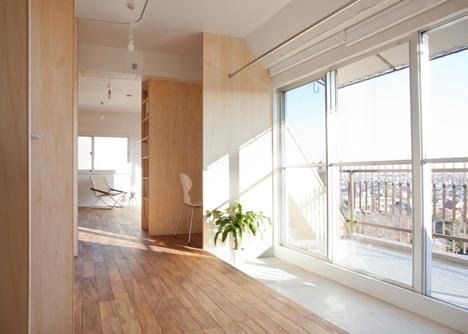 Wing Wall House by Camp Design Inc and Sumasaga Fudosan