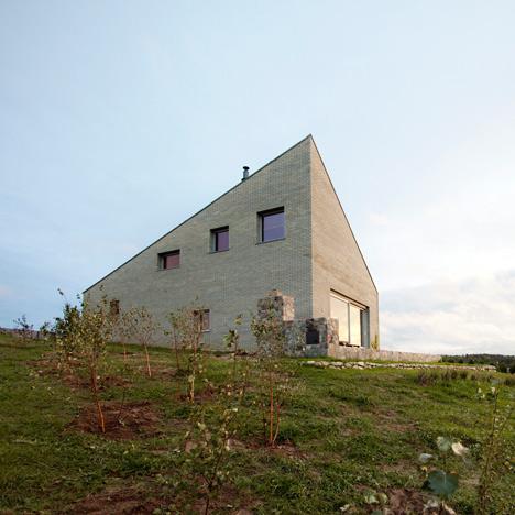 34 25 House by Bartek Arendt_dezeen_50sq