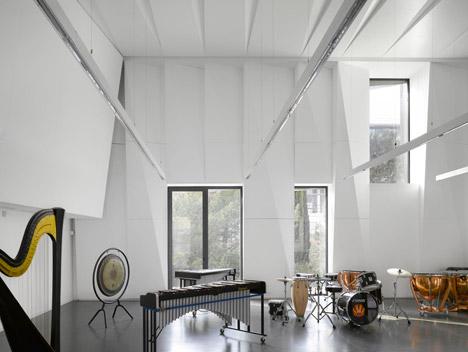 Aix en Provence Conservatory of Music by Kengo Kuma